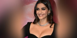 Sonam kapoor looking gorgeous