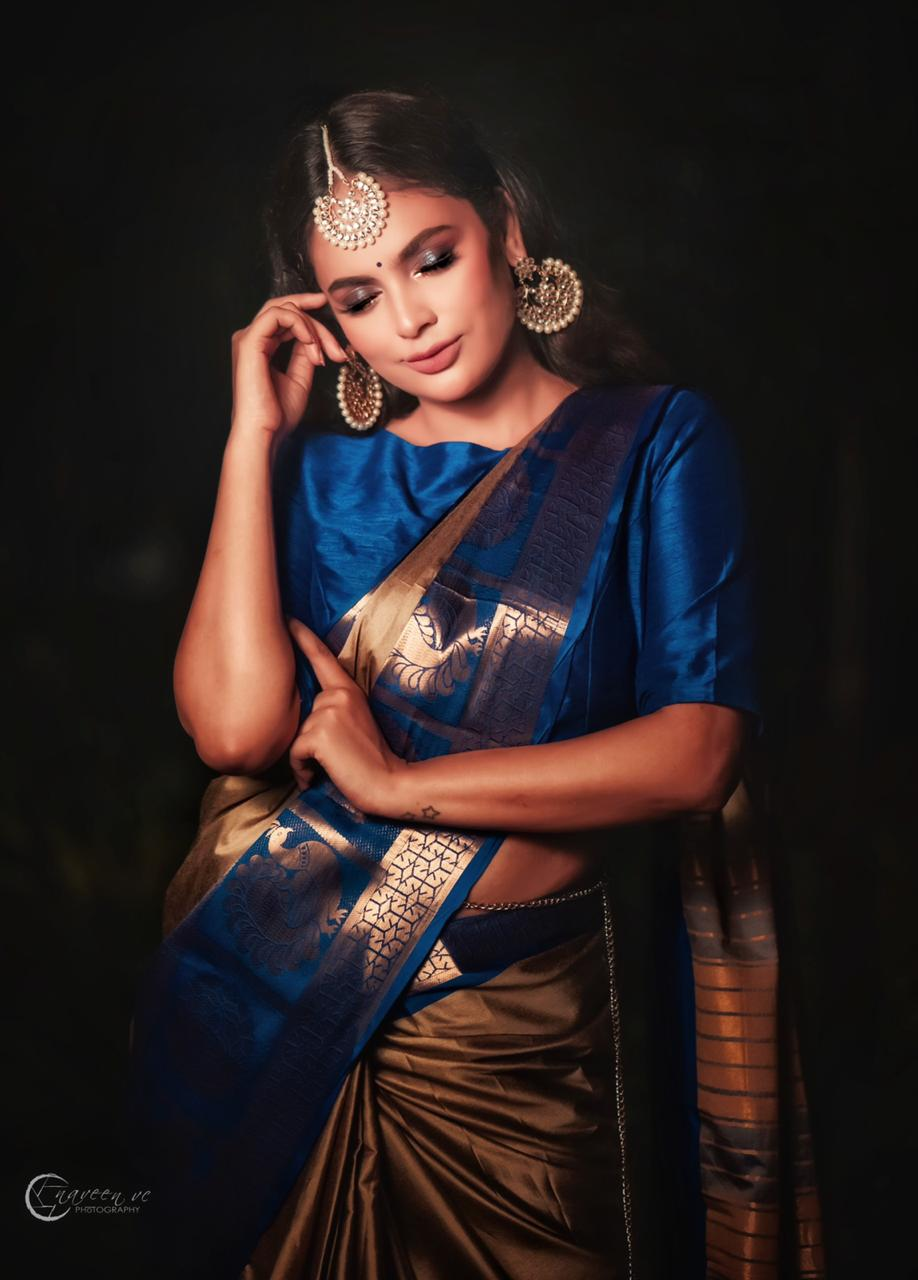 Nandita Swetha Latest Dark Blue Saree Pics