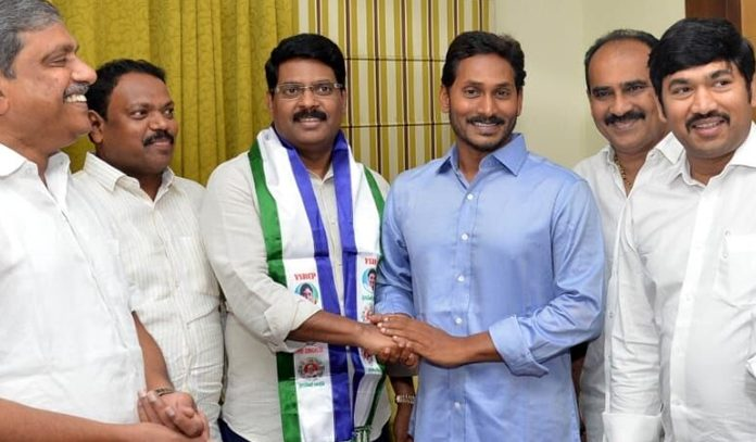 ycp leaders coplaints on maddisetti venugopal to ap inisters