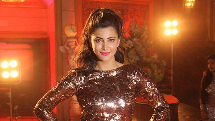 Sruthihasan Went Out From The Middle Of New Movie Shooting