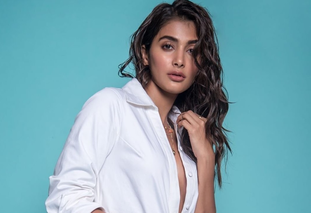 Pooja Hegde Is Going To Act In Murugadoss Tamil Movie