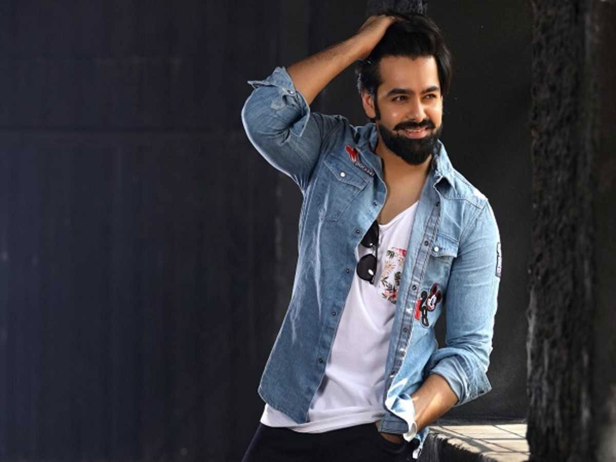 Ram Pothineni About Trolls On Big Ticket Issue In Pre Release Event