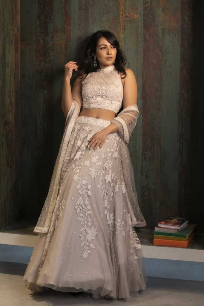 Catherine Tresa Dazzles In Pink In This Latest Pics