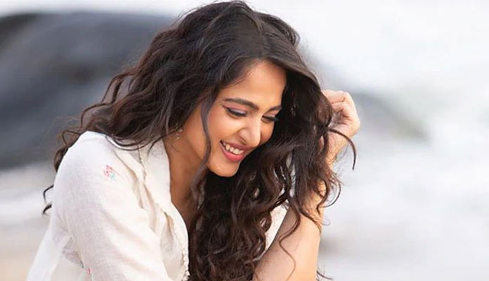 Anushka'S Next Will Be Started Post August Only