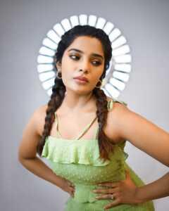 Aathmika01 | Telugu Rajyam