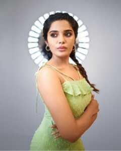 Aathmika03 | Telugu Rajyam