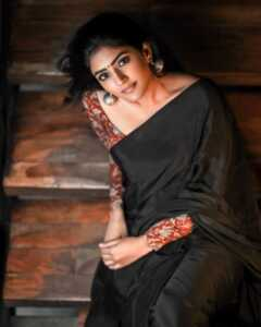 Eesha Rebba10   Telugu Rajyam