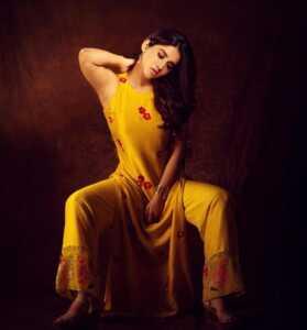 Nabha Natesh05 | Telugu Rajyam