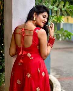 Nivisha04 | Telugu Rajyam
