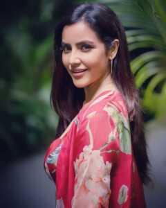 Priya Anand05 | Telugu Rajyam