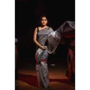 Rashmi Gautam05   Telugu Rajyam