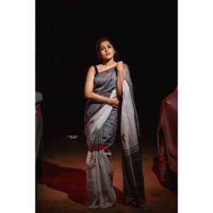 Rashmi Gautam10   Telugu Rajyam