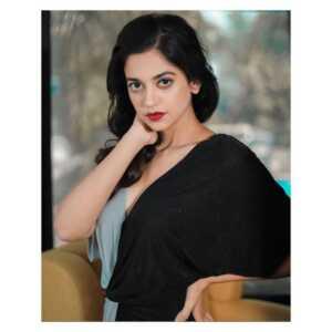 Shruti Sharma02 | Telugu Rajyam