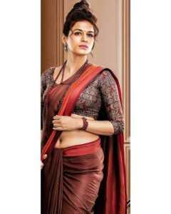Shraddha Das Hot Pics00005   Telugu Rajyam