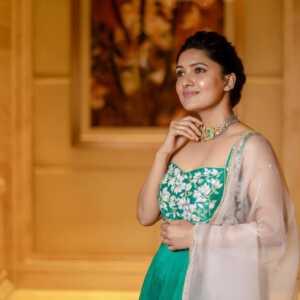 Vani Bhojan08 | Telugu Rajyam