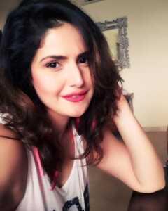 Zareen Khan07 | Telugu Rajyam