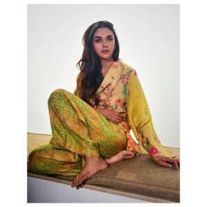 Actress Aditi Rao Latest Pics 2 | Telugu Rajyam
