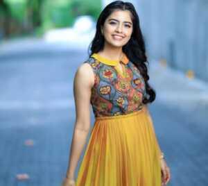 Actress Amritha Aiyer Latest Insta Pics 2 | Telugu Rajyam