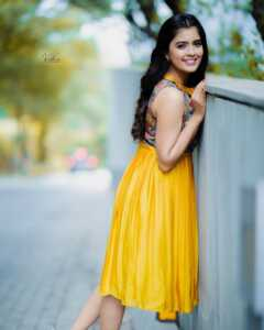 Actress Amritha Aiyer Latest Insta Pics 8 | Telugu Rajyam