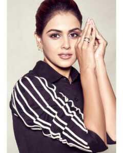 Actress Genelia Insta Gallery 10 | Telugu Rajyam
