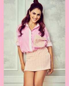 Actress Genelia Insta Gallery 8 | Telugu Rajyam