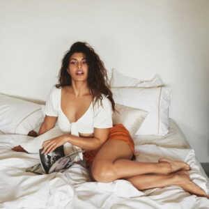 Bollywood Actress Jacqueline Fernandez New Photos 5 | Telugu Rajyam