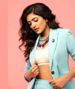 Eesha Rebba03 1   Telugu Rajyam