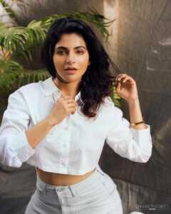 Iswarya Menon01   Telugu Rajyam