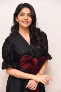 Misha Narang New Photoshoot 5   Telugu Rajyam