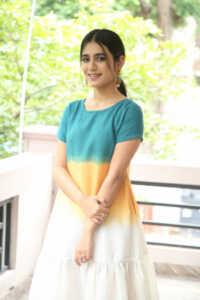 Priya Prakash Varrier Latest Hd Pics 11 | Telugu Rajyam