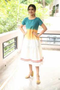 Priya Prakash Varrier Latest Hd Pics 13 | Telugu Rajyam