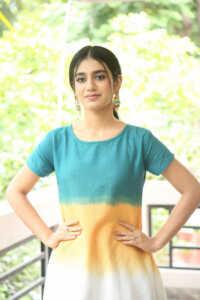 Priya Prakash Varrier Latest Hd Pics 5 | Telugu Rajyam