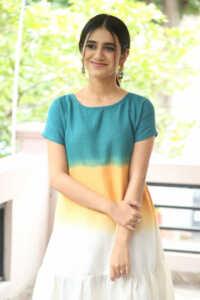 Priya Prakash Varrier Latest Hd Pics 7 | Telugu Rajyam