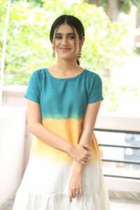 Priya Prakash Varrier Latest Hd Pics 8 | Telugu Rajyam