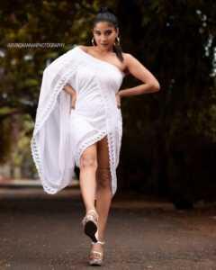 Sakshi Agarwal11 1   Telugu Rajyam