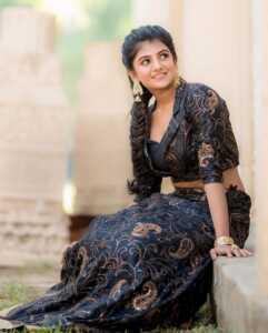 Actress Gabriella Charlton Photos 4   Telugu Rajyam