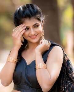 Actress Gabriella Charlton Photos 5   Telugu Rajyam