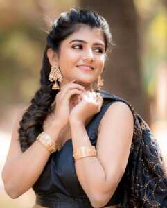 Actress Gabriella Charlton Photos 9   Telugu Rajyam