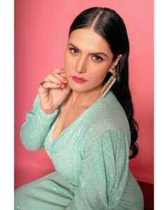 Bollywood Actress Zareen Khan Latest Photo Shoot 6   Telugu Rajyam